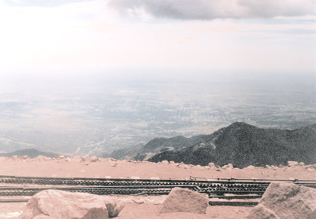 summit view, Pikes Peak